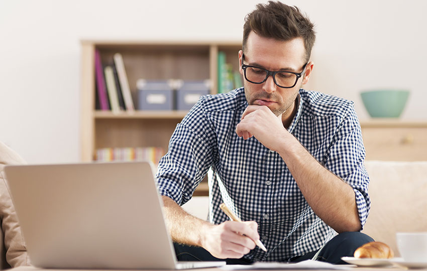 Ευκαιρίες εργασίας: Δουλεύεις από το σπίτι σου, πληρώνεσαι από το εξωτερικό