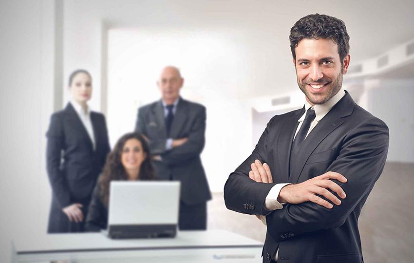 Τι πρέπει να ξέρει κάθε μάνατζερ για να είναι και ηγέτης