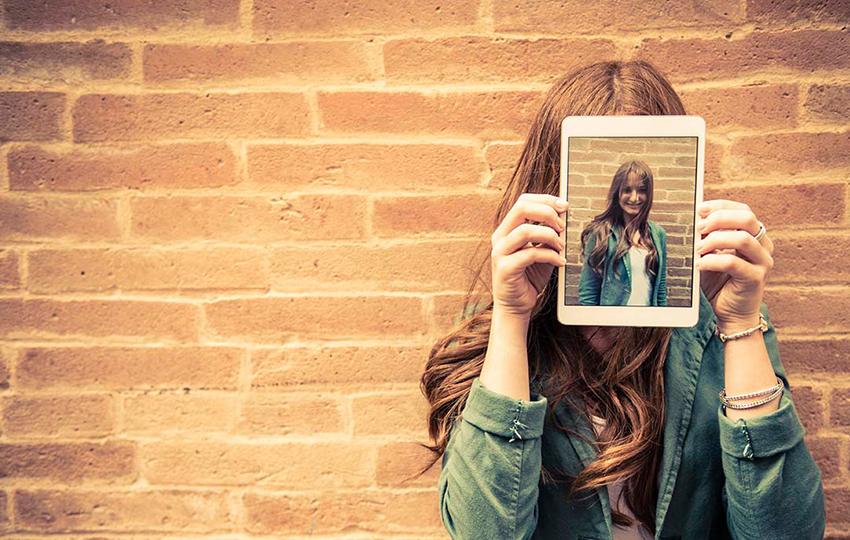 Τα λάθη στα social media που μπορεί να σας στερήσουν μια δουλειά