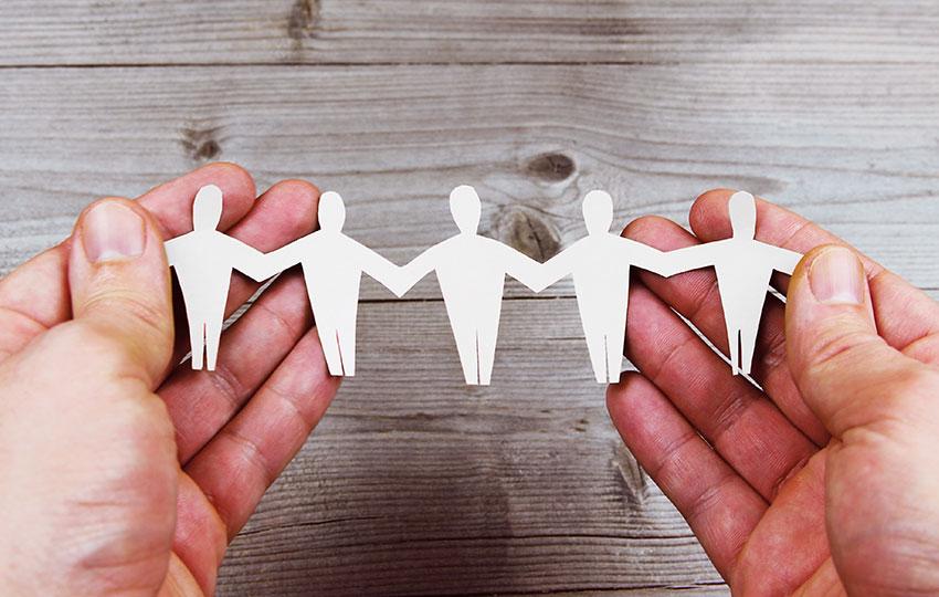 Κοινωνική ένταξη στην αγορά εργασίας και ανάπτυξη γνώσης των πληθυσμών Ρομά μέσω χρήσης απλών όρων και εργαλείων