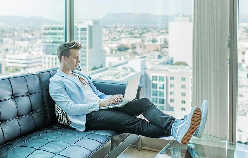 10 έξυπνοι τρόποι για να γίνεις εκατομμυριούχος
