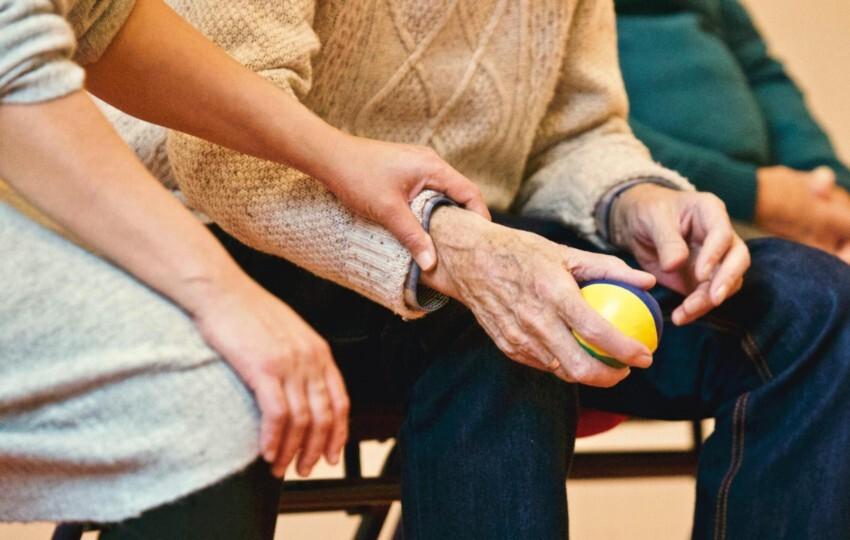 COL-SUMERS: Ανάπτυξη Προγράμματος Κατάρτισης για την Ενίσχυση της Βιώσιμης Συνεργατικής Κατανάλωσης σε Ηλικιωμένα Άτομα
